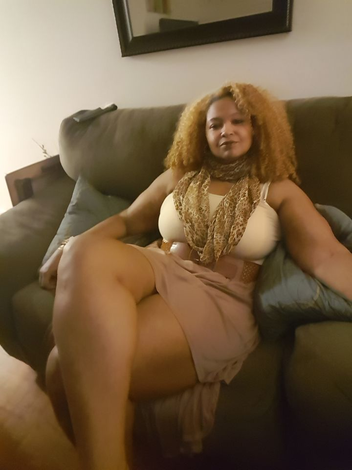Hot Sugar Mama In USA Wants a Young Man For Dating
